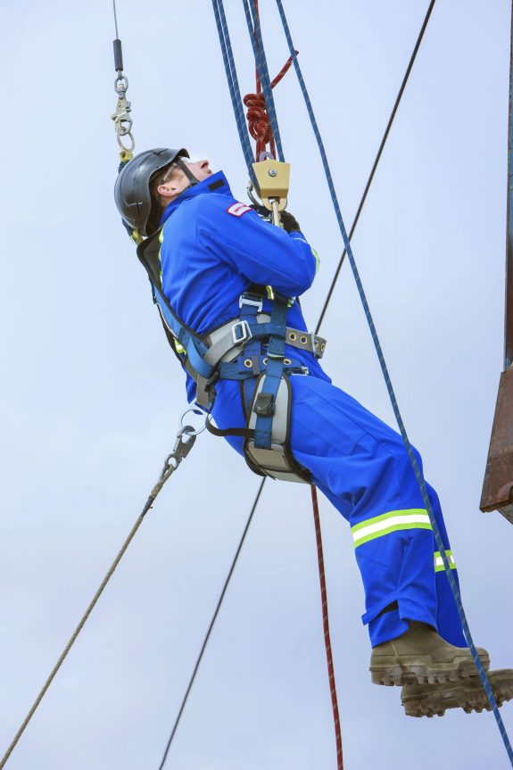Electrical Powerline and Cable Worker